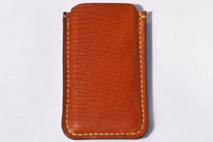 IPhone medium Brown 1